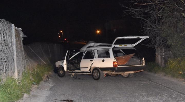 İzmirde Bomba Teröristlerin Elinde Patladı: Biri Öldü, Biri Yaralı
