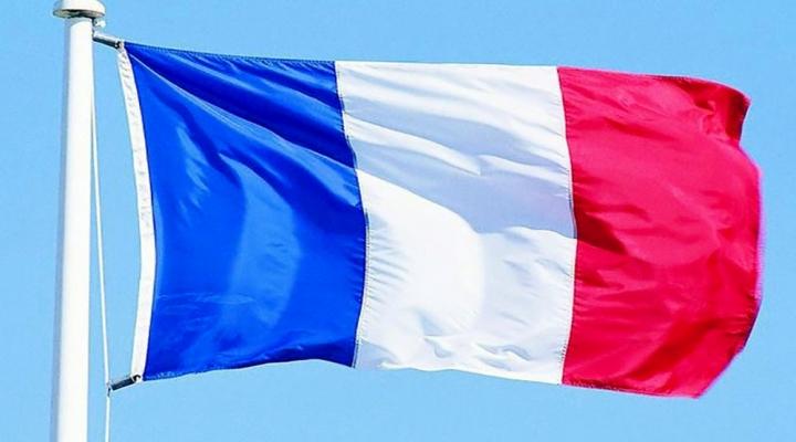 Fransa O Ülkedeki Vatandaşlarını Uyardı