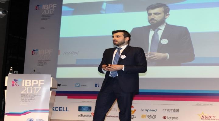 Bayraktar, Tskya Teslim Edilen Tb2Nın Özelliklerini Açıkladı