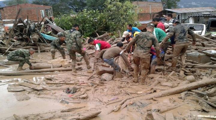 Kolombiyada Toprak Kayması: 100Den Fazla Ölü