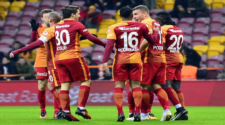 Adanaspor 44. Randevu