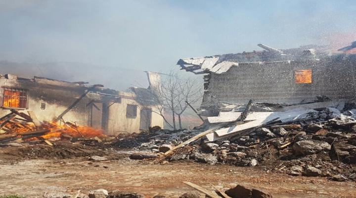 Çankırıda Büyük Yangın: 25 Ev Kül Oldu