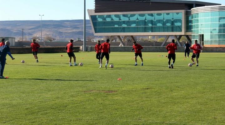 Kayserispor Fenerbahçe Maçı Hazırlıklarını Sürdürüyor