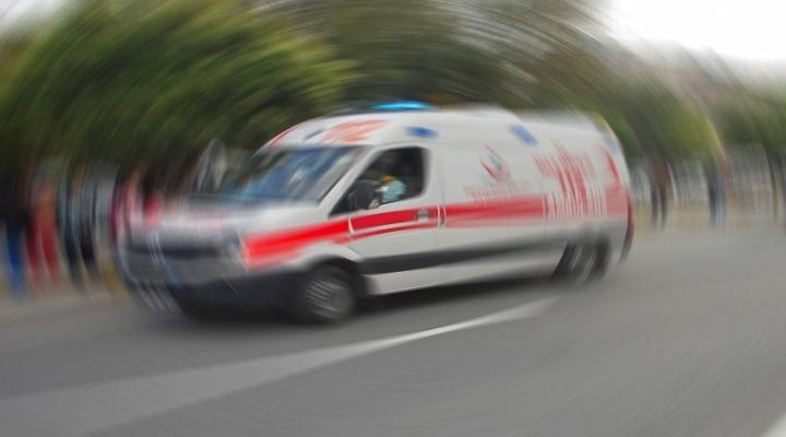 Kazaya Karışan Araç Evin Bahçesine Daldı: 1 Ölü, 3 Yaralı
