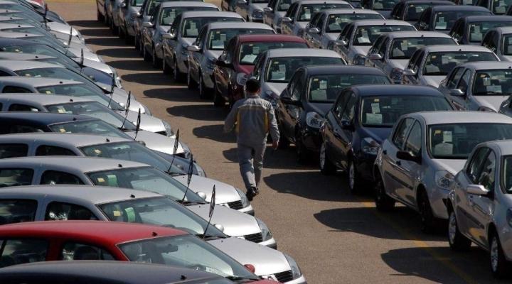 Otomobil Ve Hafif Ticari Araç Pazarında Azalma Yaşandı