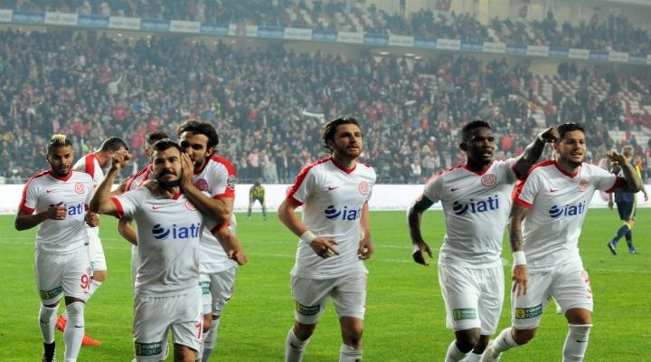 Fenerbahçe Maçında Tecavüz Müziği Çalınması Davası