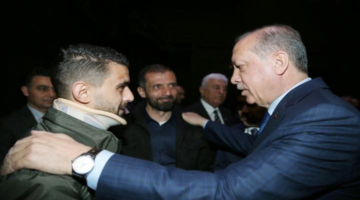 Cumhurbaşkanı Erdoğan Hüseyin Kurtla Görüştü