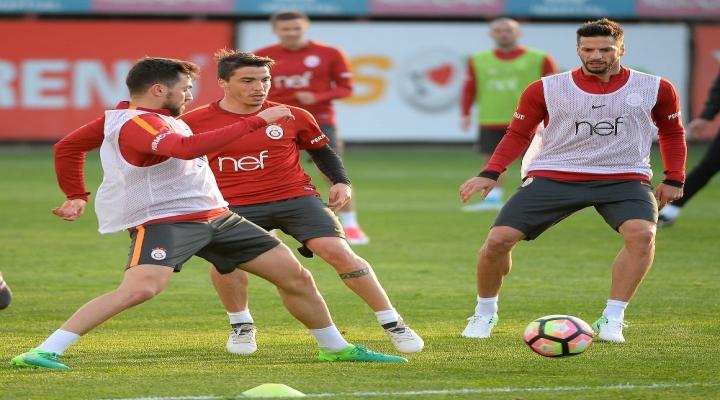 Galatasaray, Medipol Başakşehir Mesaisine Başladı