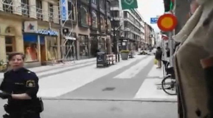 İsveçte Kamyonlu Saldırı: 3 Ölü