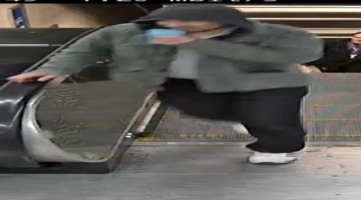 İsveç Polisi Bu Adamı Arıyor