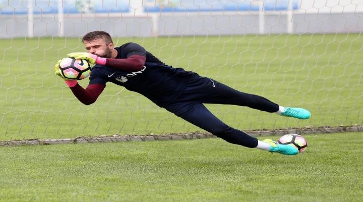 Antalyaspor Maçında Kalede Olmayacak