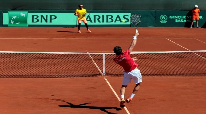 Davis Cupta Yine Elendik