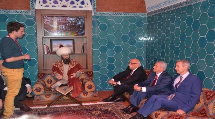 Türk Dünyası Bilim, Sanat Ve Kültür Merkezi Halkla Buluşuyor