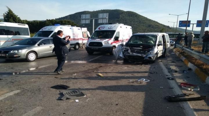 Kaymakam Trafik Kazası Geçirdi: 1 Ölü, 2 Yaralı