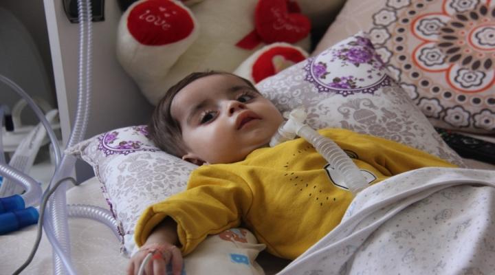 Miraç Bebek Yardım Bekliyor