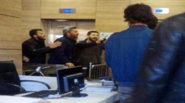 İstanbuldaki Bir Üniversitede Kavga: 11 Gözaltı