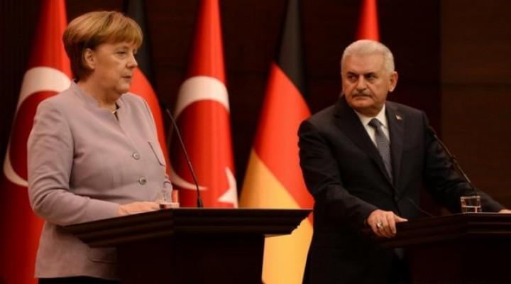 Başbakan İle Merkel'in Görüşmesinden Ne Mesajlar Çıktı