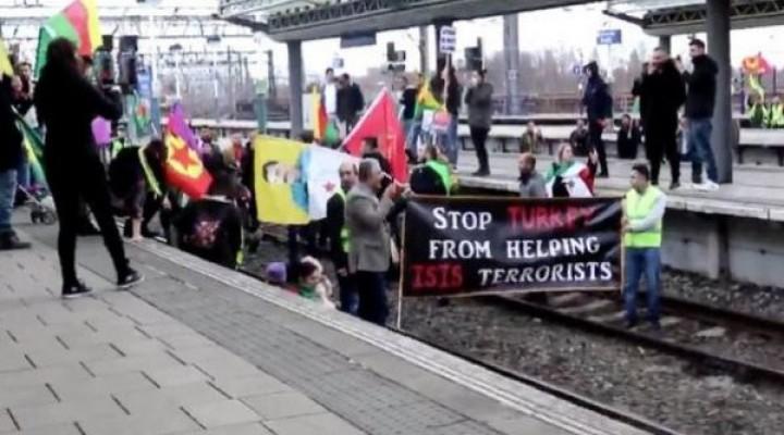 Terör destekçileri İngiltere'yi karıştırdı