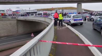 Paristeki Silahlı Havalimanı Saldırganı Fransız Vatandaşı Çıktı