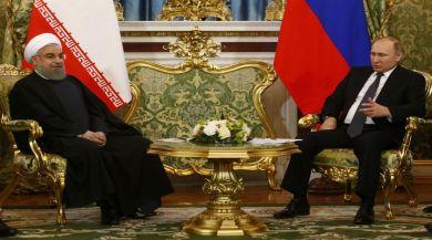 Putinle Ruhani Telefonda Görüştü