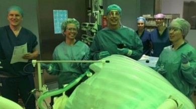 Hollanda'da ameliyatsız mide küçültme operasyonu işlemi uygulandı başarılı sonuç alındı.