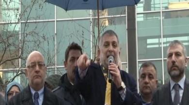 Ak Parti Millet Vekili Metin Külünk ile Bağdat Caddesi'nde 16 Nisan Referandumu için 'Evet' konvoyu yapıldı.